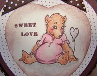 Bear heart tin close up