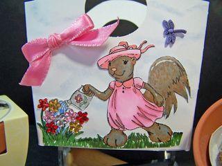 Garden squirrel tote CU