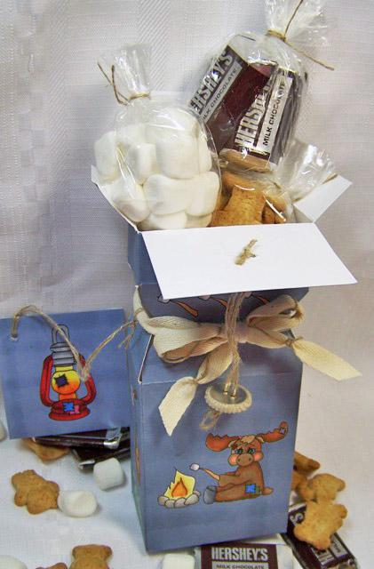 Smores gift box open